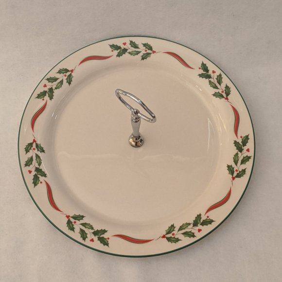 Lenox Country Holly Round Serving Plate Tray